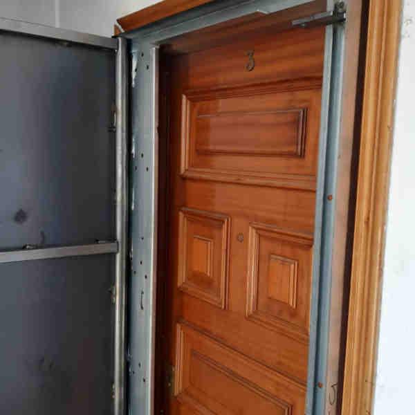 woo1 600x600 - Puertas Antiokupa con Cerradura Inteligente y Servicio de Instalacion